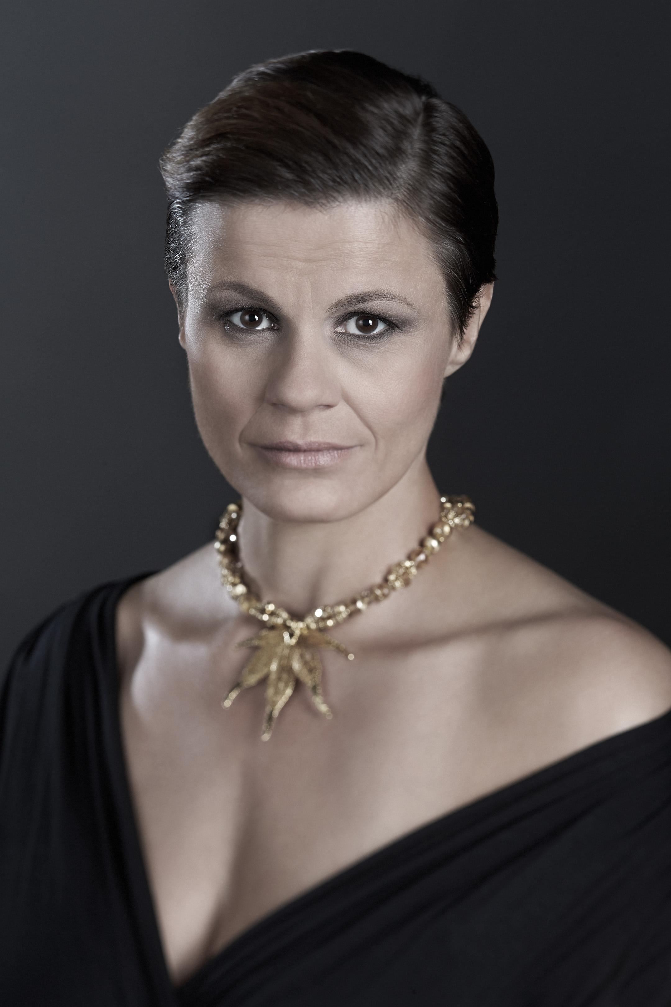 Eva Maria Pinczolich net worth